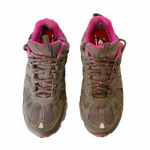 The North Face Brown Pink Athletic Hiking Sneakers